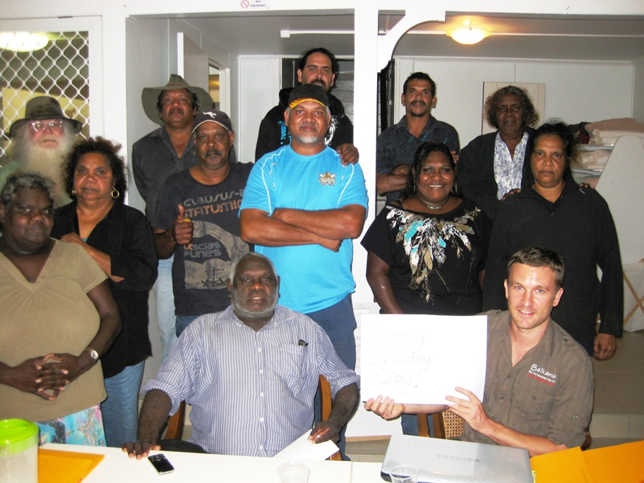 Pic1_-_group_-_NP_Traditional_Owners_May_2013